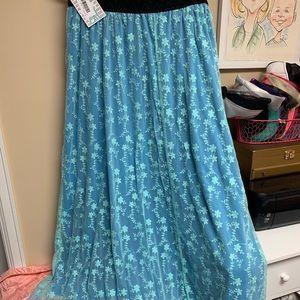 LuLaRoe Lucy Skirt